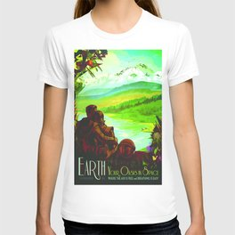 Vintage poster - Earth T-shirt