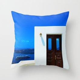 Door in the paradise Throw Pillow