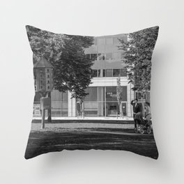 Not yet ready to leave the nest Throw Pillow