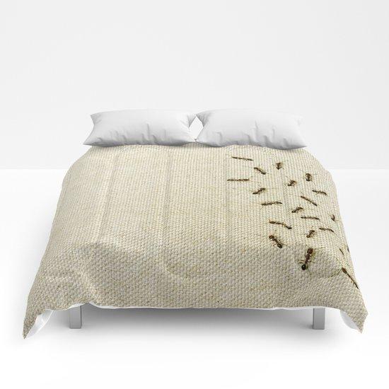 """Coletivo """"Formigas"""" Comforters"""