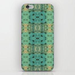 maculis_pattern no1 iPhone Skin
