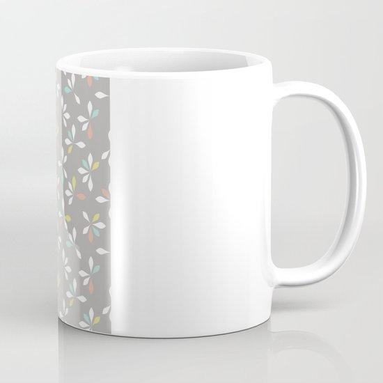 loves me loves me not pattern - pastel Mug