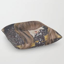 ...Avale l'Univers... Floor Pillow