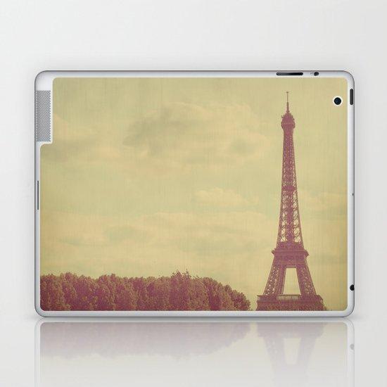 Eiffel Tower Laptop & iPad Skin