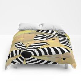 FLOWERY LUNA  / ORIGINAL DANISH DESIGN bykazandholly Comforters