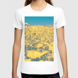 Spring is coming! II T-shirt