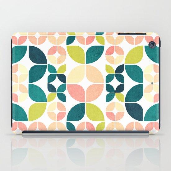 Rose Garden Pattern iPad Case