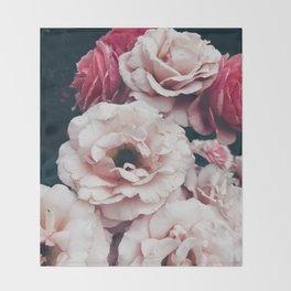 rosas Throw Blanket