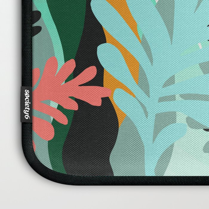 Sunset in the jungle Laptop Sleeve