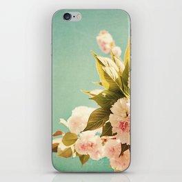 FlowerMent iPhone Skin
