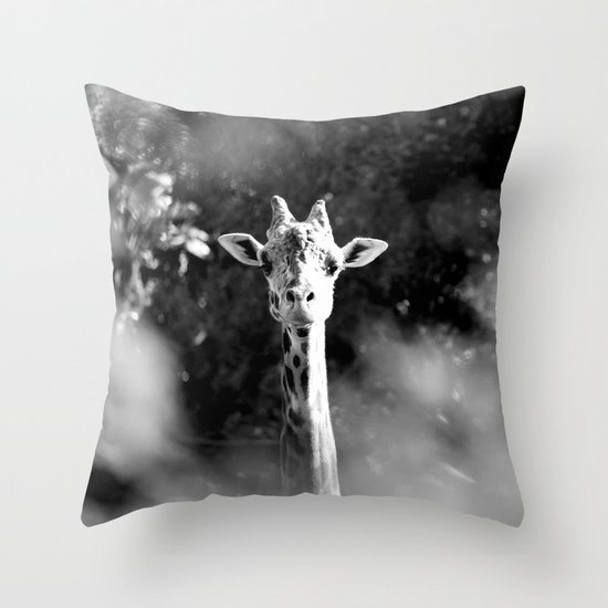 portrait of giraffe Throw Pillow