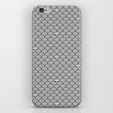hiding sloth croching sloth iPhone & iPod Skin