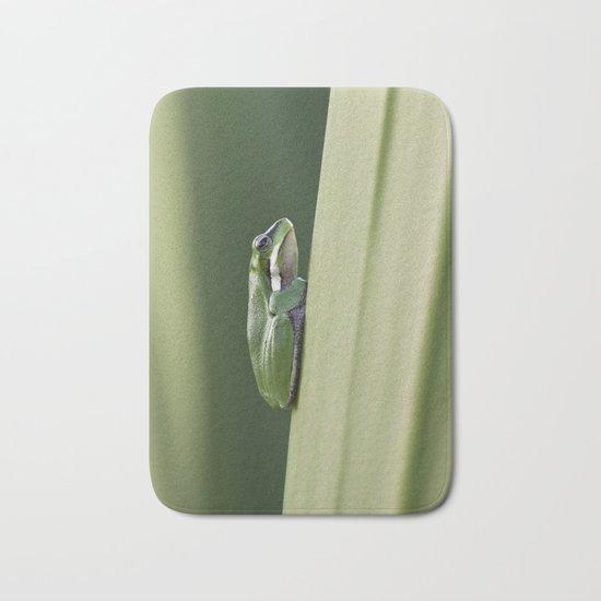 Dwarf Green Tree Frog Bath Mat