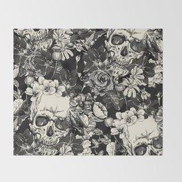 SKULLS HALLOWEEN SKULL Throw Blanket