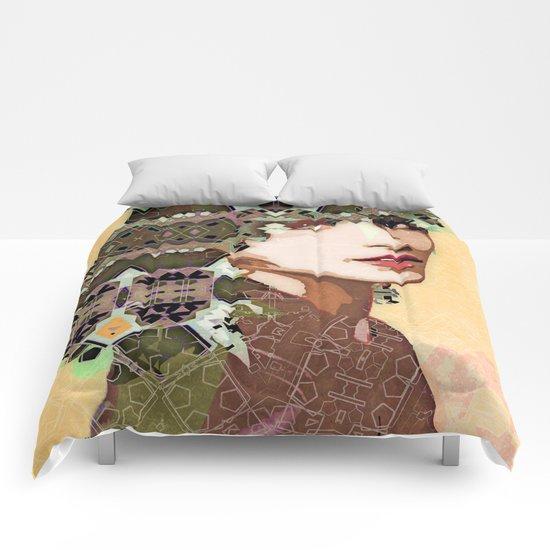 Green eyes Comforters