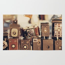 Old Cameras (Vintage and Retro Film Cameras Collection) Rug