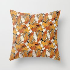 Leafs Pattern Throw Pillow