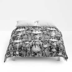 Victorian gothic lace skull pattern Comforters