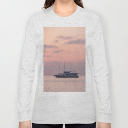 sea travel Long Sleeve T-shirt