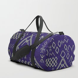 V20 Traditional Moroccan Carpet Texture. Duffle Bag