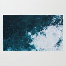 Wild ocean waves II Rug