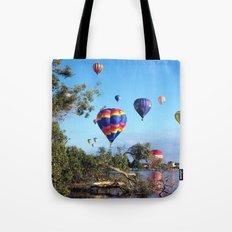 Hot air balloon scene Tote Bag
