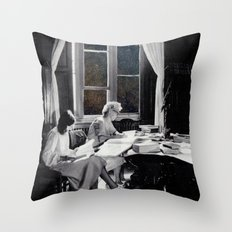 universal reading room Throw Pillow