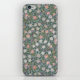 """William Morris """"Clover"""" iPhone Skin"""