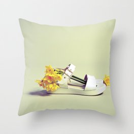 Spring in your step Throw Pillow