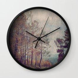 8852 Wall Clock