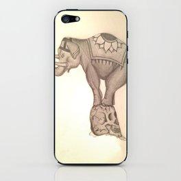 Elephant stomps skull iPhone Skin