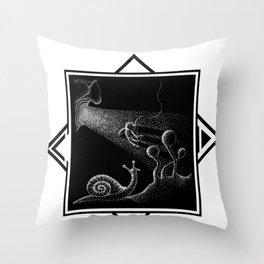 COSMONAUTA Throw Pillow
