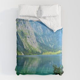 Paradise Ahead (Color) Comforters