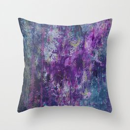 nocturnal bloom Throw Pillow