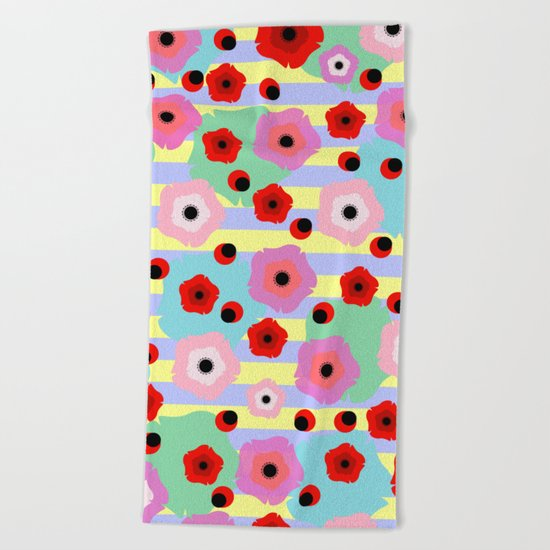 Poppies and stripes Beach Towel
