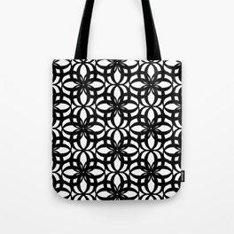 LETTERNS - O - Times New Roman Tote Bag