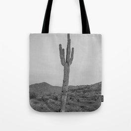 Saguaro B&W // Desert Landscape Photography Arizona Cactus Black and White Vintage Southwestern Vibe Tote Bag