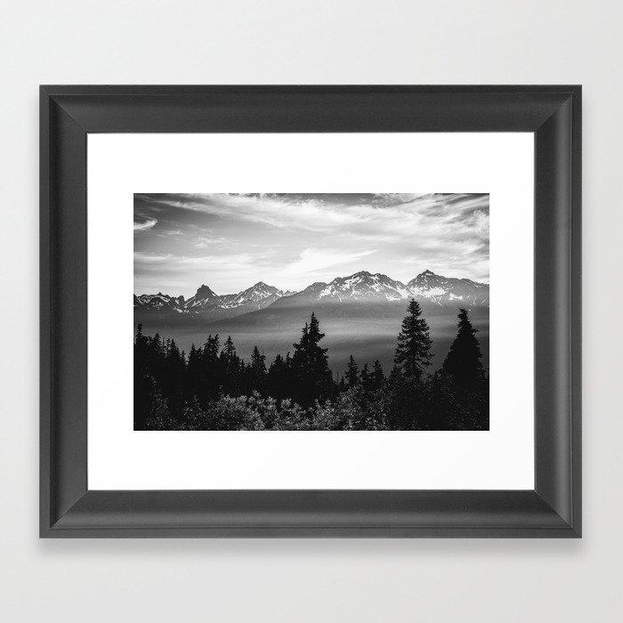 Morning in the Mountains Black and White Gerahmter Kunstdruck
