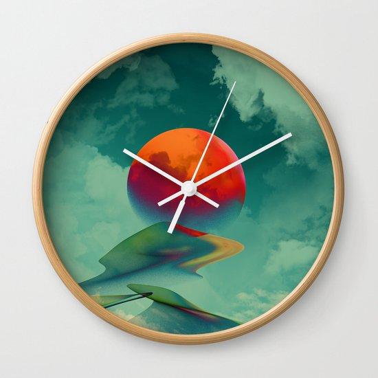 Reach the Sun! Wall Clock