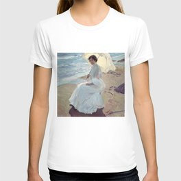 Clotilde on the Beach - Joaquín Sorolla T-shirt