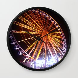 Spinning around Wall Clock