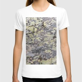 Camouflage texture T-shirt