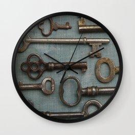Vintage Skeleton Key Collection Wall Clock
