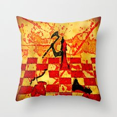 The Red Queen - 040 Throw Pillow