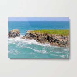 Port Gaverne - Castle Rock Bench Metal Print