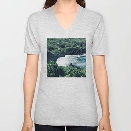 Breathtaking Black Sand Hawaiian Beach With Ocean Surf Unisex V-Neck