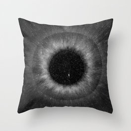 eye of the universe II Throw Pillow