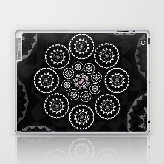 Nexus N°23bis Laptop & iPad Skin