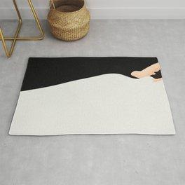 Black and White Model Flow Rug