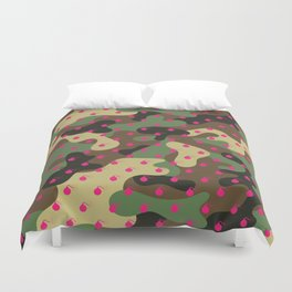 CAMO & HOT PINK BOMB DIGGITYS ALL OVER LARGE Duvet Cover